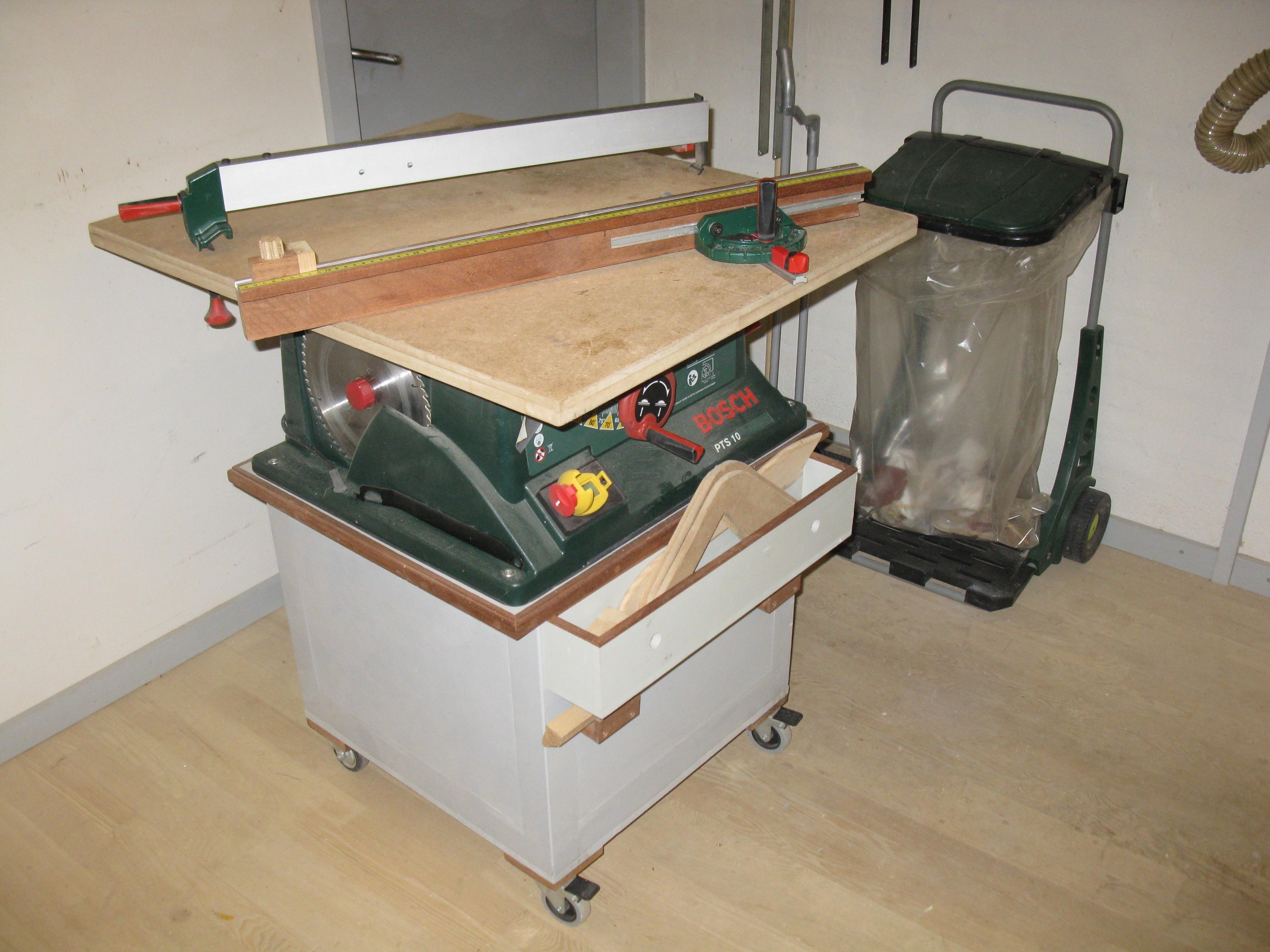 """#8F613C Dette års Det Lille """"snedkerværksted"""" Majores Workshop Gør Det Selv Værksted I Gundsømagle 6341 364827366341"""