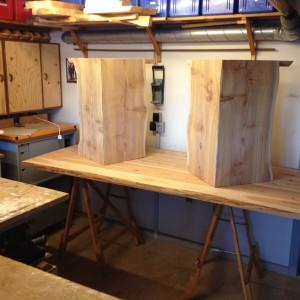 Her er bordbenene og bordpladen samlet