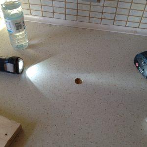 Så er hullet boret... rent og fint og klar til at isætte proppen